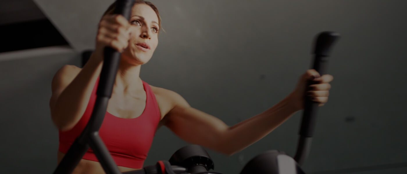 Real Bowflex customer Amy exercising on a Max Trainer